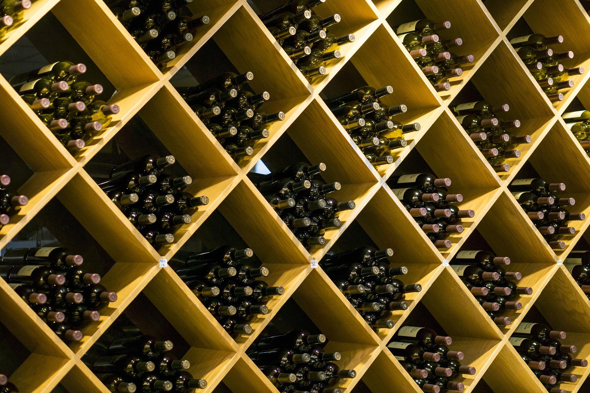 come si conserva il vino